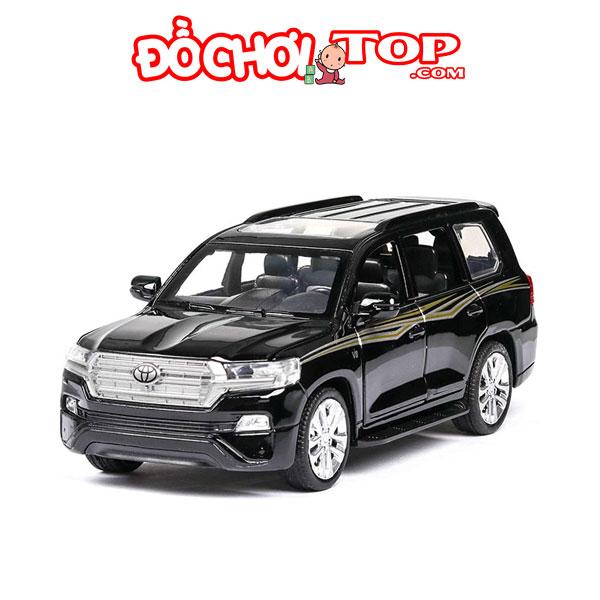 Mô hình xe ô tô Toyota Land Cruiser V8 tỉ lệ 1:32 màu đen – Chất Liệu Hợp Kim Cao Cấp