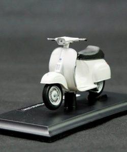 xe-mo-hinh-Vespa-50-Special-1969-1