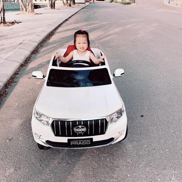 Ô tô điện trẻ em Prado 601 4 động cơ siêu mạnh